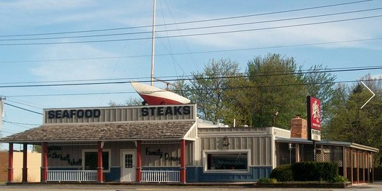 Swanton, OH: Street view of Shucker's Restaurant