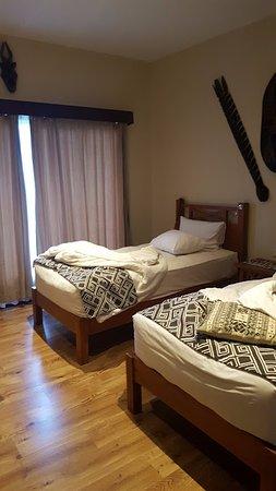 Mara River Safari Lodge: nice room