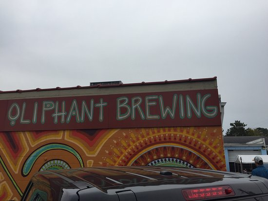 Somerset, วิสคอนซิน: Oliphant Brewing