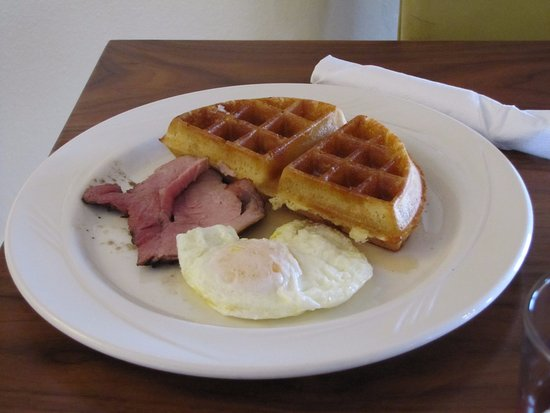 Centennial, WY: Winter Breakfast Special