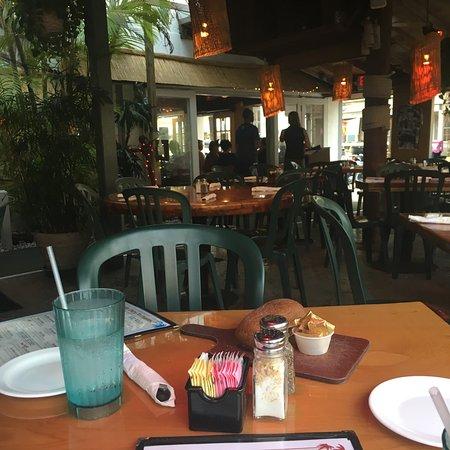Two Friends Patio Restaurant: Photo1