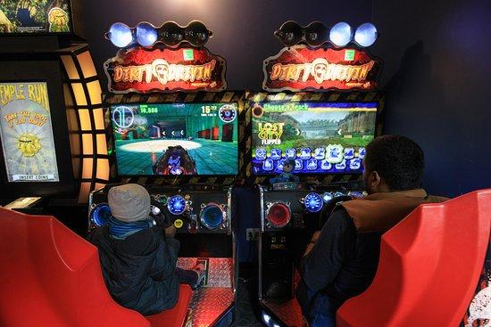 Fair Lawn, NJ: Arcade