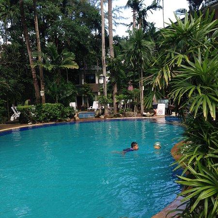 วิริเดียน รีสอร์ท: Swimming Pool