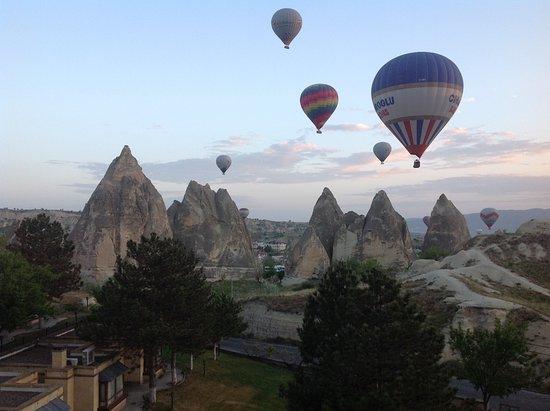 boutique turkey travel cappadocia hot air balloon
