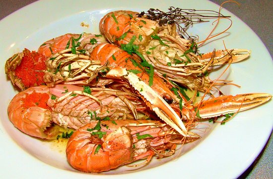Onich, UK: Roasted Langoustines with lemon & herb butter