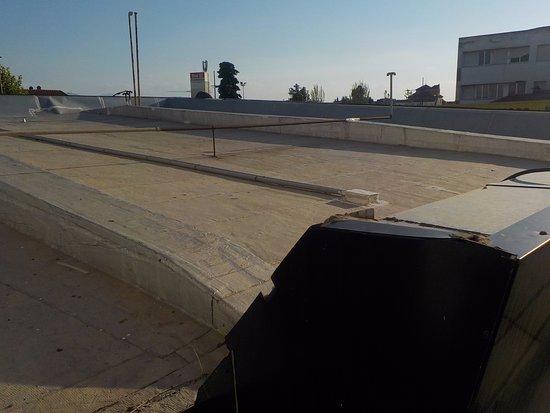 Hotel Restaurante Juanito : Вид из окна на крышу автозаправки