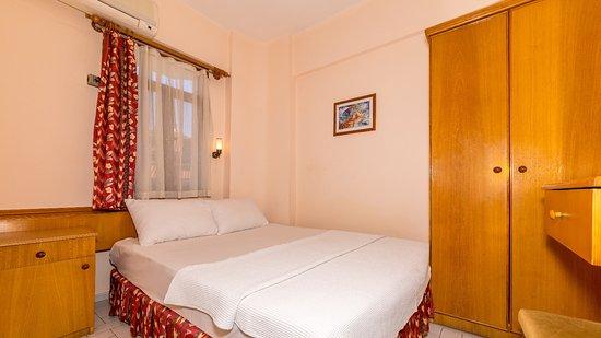 Ustun Apartments