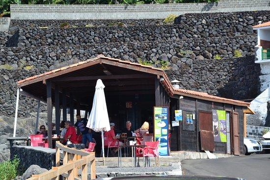Restaurante bar parada en fuencaliente de la palma for Bar restaurante el jardin zamora