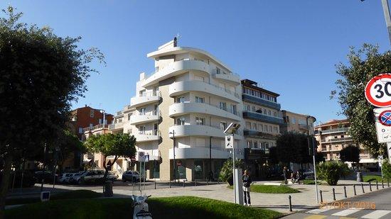 Residenza Roma Marina