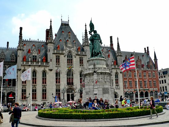 Jan Breydel and Pieter de Coninck Monument