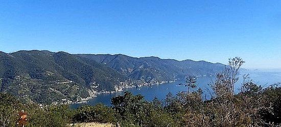 Levanto to Monterosso Trail: la vista delle 5 terre da punta mesco
