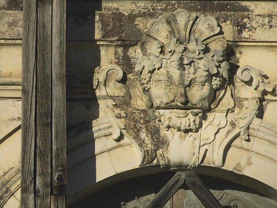 Château de Vaux : Château (vu des jardins) détail