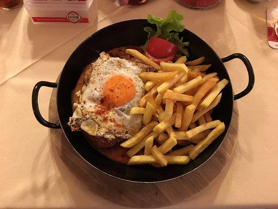 Gasthof Franz Josef: Traditional Austrian dishes