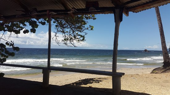 Blanchisseuse, Trinidad: Lovely view towards Tobago from Beach Restaurant