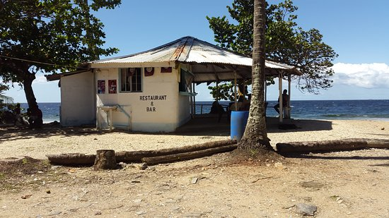 Blanchisseuse, Trinidad: Very friendly service and most amazing Bake and Shark