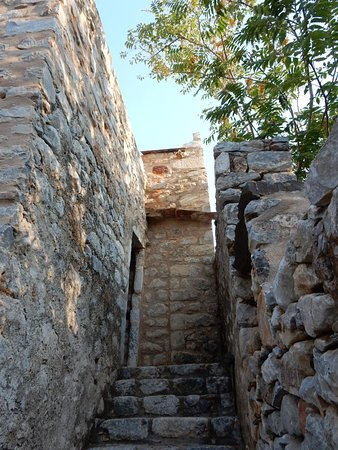 Koita, Grecia: Steps up to our room