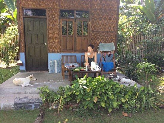 Nirvana Bungalows : Chaque bungalow a la terrasse