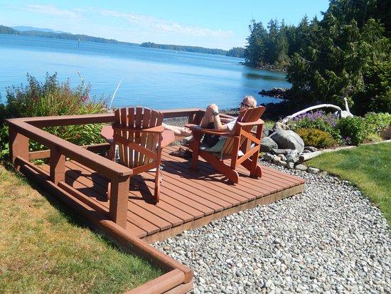 Storm Bay Guest House : Buiten zitje met super uitzicht