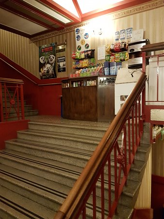 Royalty Cinema : Refreshments and upstairs seating