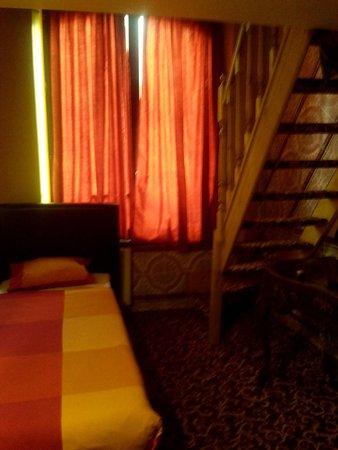 Hotel Mozart: Двухэтажный номер (первый этаж)