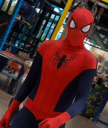 Leiderdorp, Niederlande: Wow this day extra fun cause spiderman came to visit