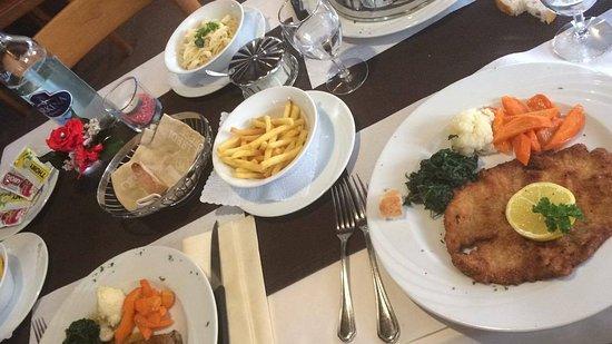 Le Prese, สวิตเซอร์แลนด์: pranzo delizioso!