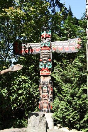 North Vancouver, Canadá: Capilano Suspension Bridge Totem Pole