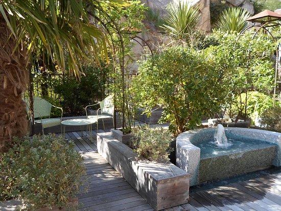 Photos de molitg les bains photos de voyageurs de molitg - Restaurant le jardin du lavoir aux herbiers ...