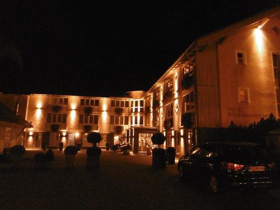 Aussenansicht Abends Bild Von Hotel Bodenmaiser Hof Bodenmais