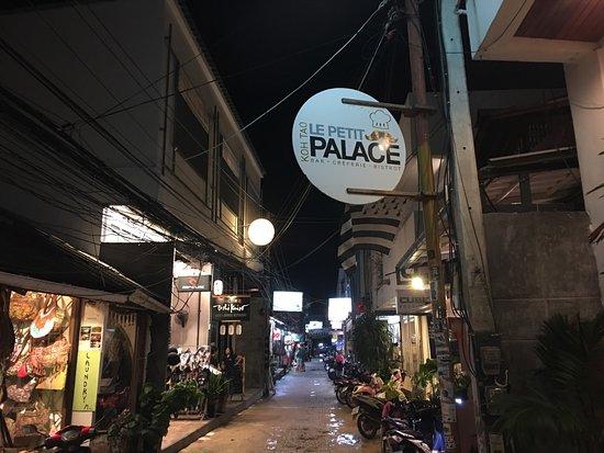 Le Petit Palace: Cet endroit est juste un succès. Qu'est ce que c'est bon!!