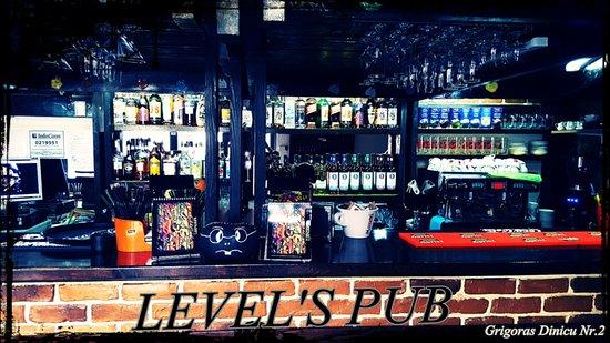 Level's Pub