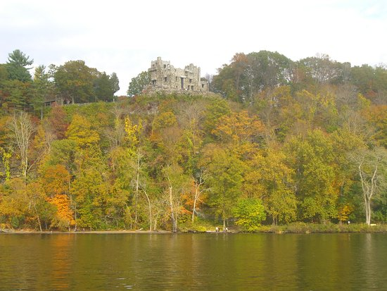 Haddam, CT: View of Gillette Castle from the CT River Cruise