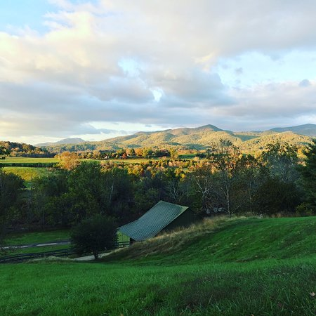 Sperryville, VA: Morning run on the property