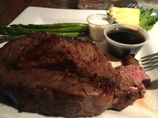 Berlin Center, OH: prime rib dinner