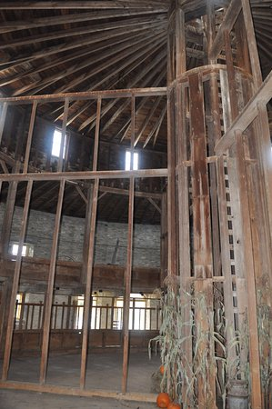 Pittsfield, MA: Interior detail of the Round Stone Barn