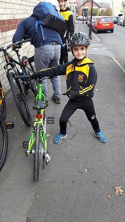 Национальный парк Норт-Йорк-Мурс, UK: Top class mountain bike for my 6 year old to hire - he loved it