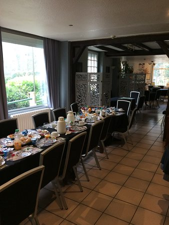 Haybes, France: Breakfast room