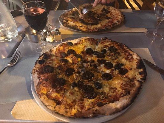 Pizzeria de la Garde: photo0.jpg