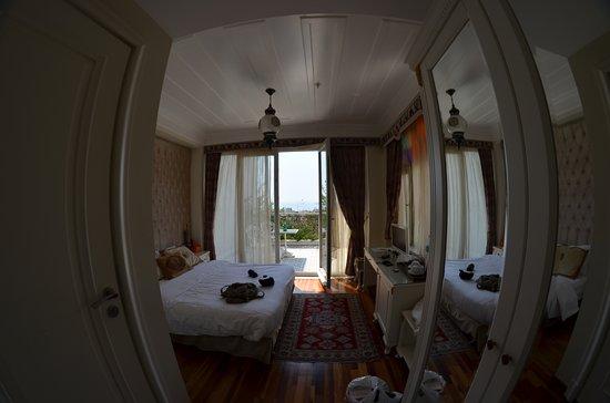 Ersari Hotel : Номер с террасой на 2 этаже