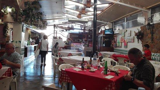 Casinos, España: Barbacoa Lafuente