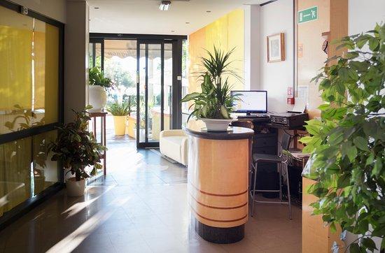 Hotel Mignon Riccione : Ingresso e Hall