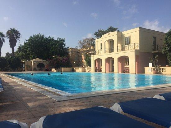 Пембрук, Мальта: piscina