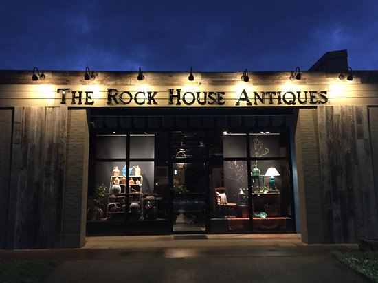‪The Rock House Antiques‬