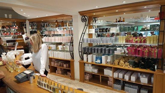 Visite de l 39 usine mus e photo de parfumerie galimard for Boutique hotel grasse