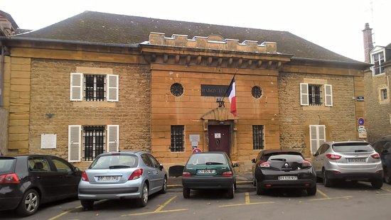 Place Ducale : Prison Building (Fr: Maison Du0027Arrêt De Charleville Mézières