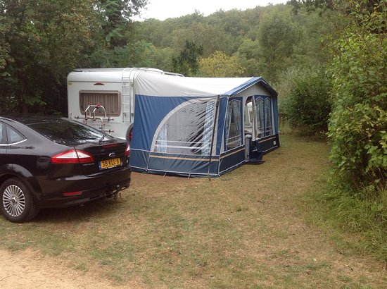 Marcillac-Saint-Quentin, France: Campingplaats Les Tailladis