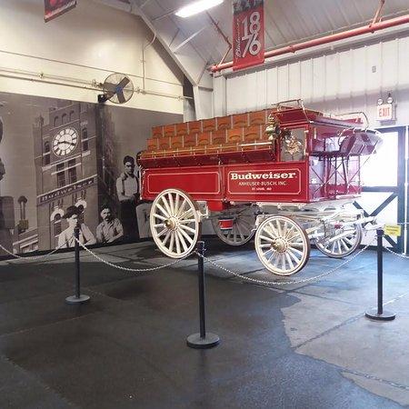 Boonville, MO: Budweiser Wagon