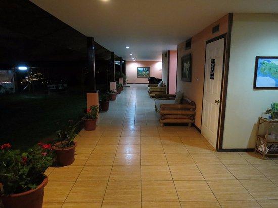Hotel Linda Vista: Pasillo de habitaciones