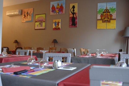 La Voie Gourmande: Une salle chaude et accueillante