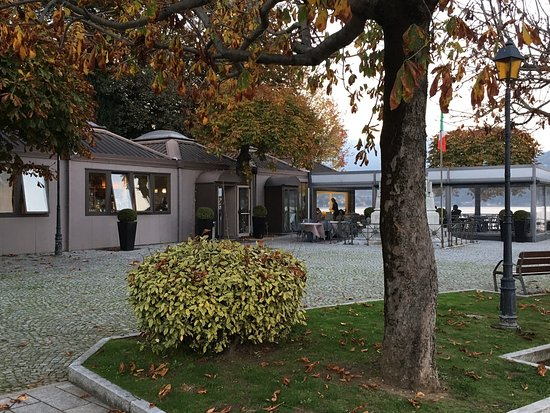 Pella, Italia: ristorante imbarcadero